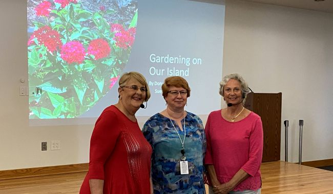 CALUSA'S  GARDENING PROGRAM AT THE M.I. LIBRARY
